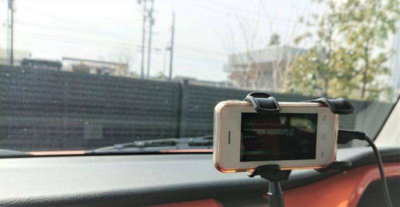 MELROSE S9という小型端末をドライブレコーダーにしています。